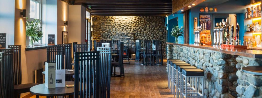 Pierhead Tavern