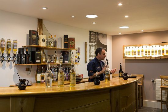 Tasting in Arran Distillery